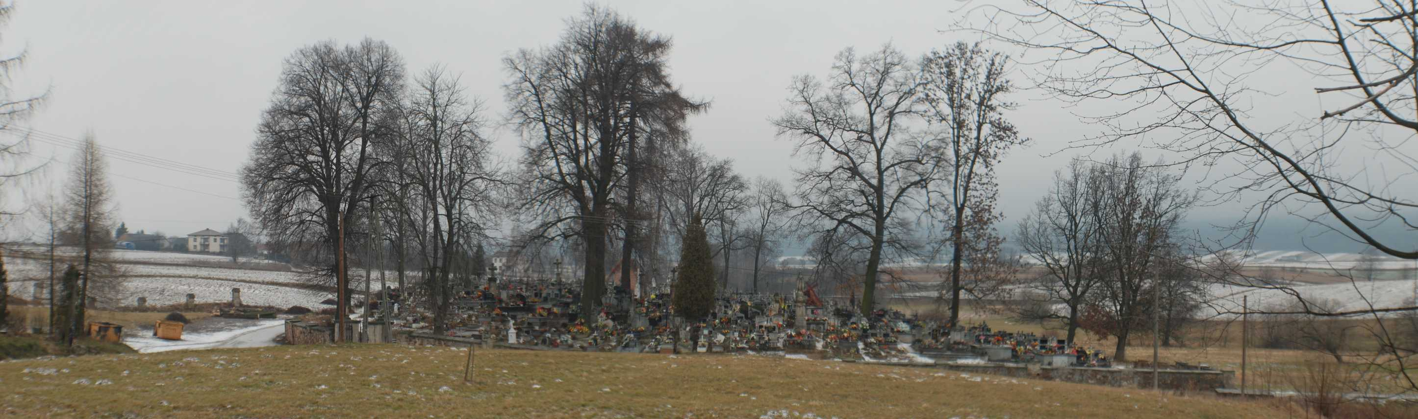 Cmentarz.jpg